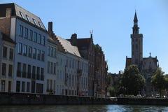 Opinión Jan Van Eyck Square del canal imagenes de archivo