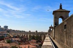 Opinión Lisboa del acueducto foto de archivo libre de regalías