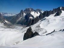 Opinión Monte Bianco de las montañas de las montañas Imagenes de archivo