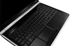 Opinión oblicua del ordenador portátil aislada en blanco Imagen de archivo libre de regalías