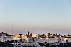 Opinión occidental de la pared de Jerusalén, mezquita del al-Aqsa Imagenes de archivo