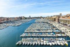 Opinión panorámica aérea sobre puerto viejo en Marsella fotografía de archivo