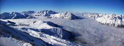 Opinión panorámica de Alpes Imagen de archivo libre de regalías