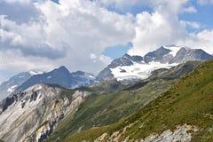 Opinión panorámica de Alpes Foto de archivo libre de regalías