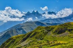 Opinión panorámica de Alpes fotografía de archivo