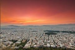 Opinión panorámica de Atenas en una puesta del sol fotografía de archivo libre de regalías