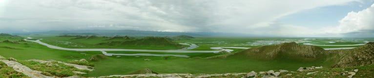 Opinión panorámica de Bayanbulak Imagen de archivo libre de regalías