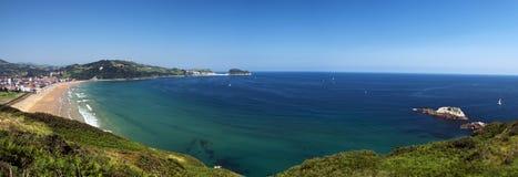 Opinión panorámica de la costa costa de Zarautz a Guetaria Fotografía de archivo