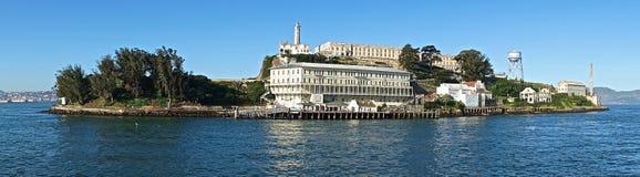 Opinión panorámica de la isla de Alcatraz Imagenes de archivo