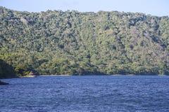 Opinión panorámica de la laguna de Apoyo, Masaya Imagen de archivo libre de regalías
