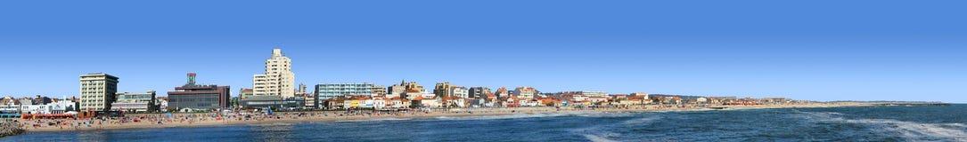Opinión panorámica de la playa Fotos de archivo