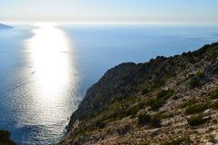 Opinión panorámica de la playa de Myrthos Foto de archivo