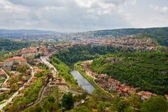 Opinión panorámica de Veliko Tarnovo fotos de archivo libres de regalías