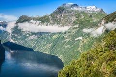 Opinión panorámica del fiordo de Geiranger, Noruega Fotografía de archivo