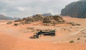 Opinión panorámica del paisaje, desierto de Wadi Rum, Jordania Fotografía de archivo libre de regalías