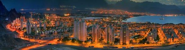 Opinión panorámica sobre Eilat (Israel) y Aqaba (Jordania) fotografía de archivo libre de regalías