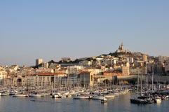 Opinión panorámica sobre el puerto viejo de Marsella Imágenes de archivo libres de regalías