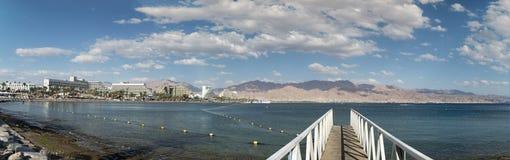 Opinión panorámica sobre la playa central de Eilat, Israel Imagenes de archivo