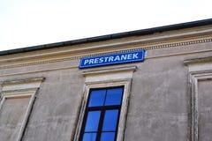 Opinión Pivka Postojna, región del pueblo de Prestranek Eslovenia de Ljubljana Notranjska imágenes de archivo libres de regalías