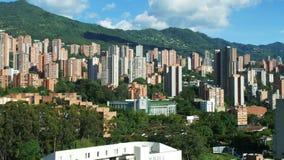 Opinión Poblado del panorama de Medellin Colombia almacen de metraje de vídeo