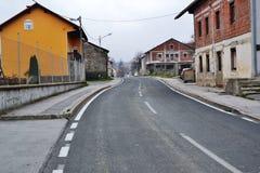 Opinión Postojna, burjaka del pueblo de Razdrto Eslovenia del viento de la región de Nanos Notranjska del soporte imagen de archivo