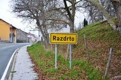 Opinión Postojna, burjaka del pueblo de Razdrto Eslovenia del viento de la región de Nanos Notranjska del soporte fotografía de archivo libre de regalías