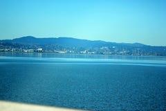 Opinión San Francisco Bay adyacente al puente de Dombarton, California Imagen de archivo libre de regalías