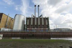Opinión sobre algunos edificios cerca del centro de la ciudad de Den Haag Foto de archivo