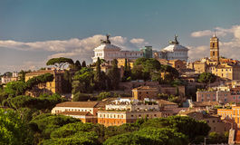 Opinión sobre Capitol Hill en la puesta del sol en el verano, Roma Foto de archivo libre de regalías