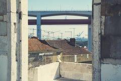 Opinión sobre 25 de Abril Bridge, Lisboa, Portugal Fotos de archivo
