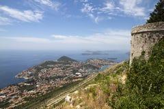 Opinión sobre Dubrovnik del montaje imagenes de archivo