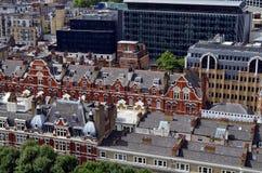 Opinión sobre edificios tradicionales viejos del victorian fotografía de archivo libre de regalías