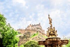 Opinión sobre el castillo de Edimburgo foto de archivo libre de regalías