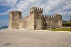 Opinión sobre el castillo de Kamerlengo - Trogir Foto de archivo