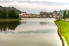 Opinión sobre el pueblo de Sapa, al norte de Vietnam Fotografía de archivo libre de regalías
