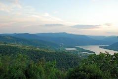 Opinión sobre el río Danubio Foto de archivo