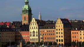 Opinión sobre Gamla Stan en Estocolmo Ciudad vieja suecia almacen de metraje de vídeo