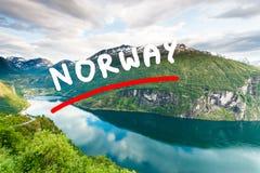 Opinión sobre Geirangerfjord del punto de vista Noruega de Flydasjuvet Fotografía de archivo libre de regalías