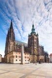 Opinión sobre la catedral en Hradcany. Praga, República Checa. foto de archivo