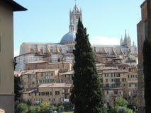 Opinión sobre la catedral - Siena Fotografía de archivo libre de regalías