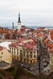 Opinión sobre la ciudad vieja de Tallinn de arriba Foto de archivo libre de regalías