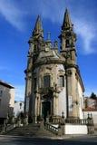 Opinión sobre la iglesia de S.Gualter, Portugal Imagen de archivo