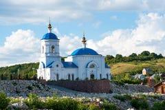 Opinión sobre la iglesia del icono de Kazán de la madre de dios Foto de archivo libre de regalías