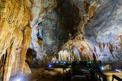 Opinión sobre la más vieja área principal del karst de Asia Fotos de archivo