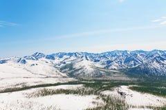 Montañas de la nieve fotos de archivo libres de regalías