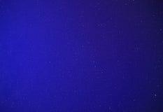 Opinión sobre las estrellas en la noche Fotos de archivo libres de regalías