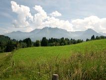 Opinión sobre las montañas Fotografía de archivo libre de regalías