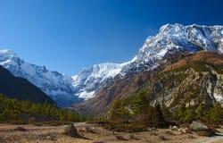 Opinión sobre las montañas de Annapurna de Nepal Fotografía de archivo
