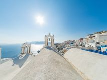 Opinión sobre Oia en Santorini imagen de archivo
