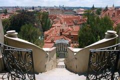 Opinión sobre Praga del pequeño jardín de Furstenberg Fotografía de archivo